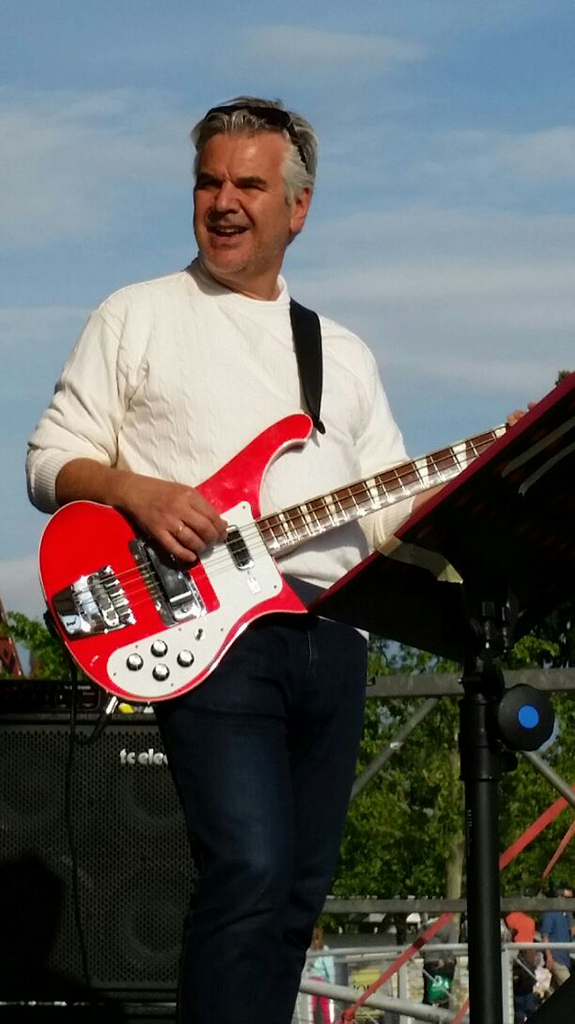 Happy bassist - Marc